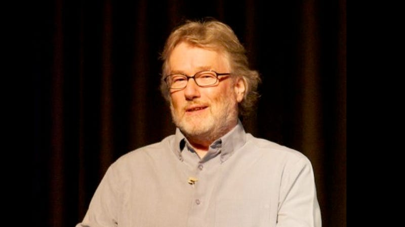 "Ask Iain M. Banks anything you want about ""Surface Detail"""