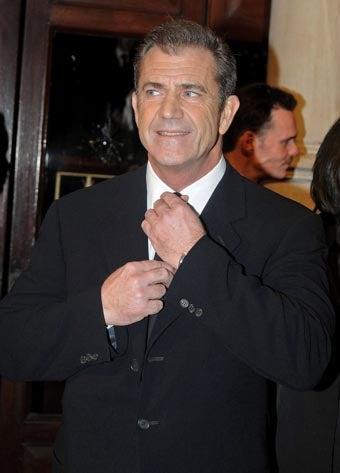 "Oksanas Confirm And Deny Mel Gibson Affair; Hulk Hogan On Ex-Wife: ""I Totally Understand O.J."""
