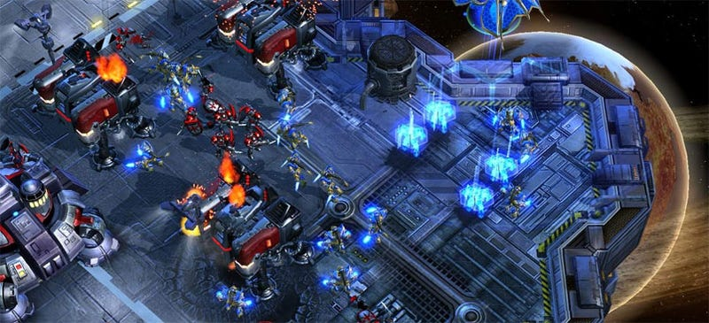 Blame WoW For Starcraft II's Late, Late Release