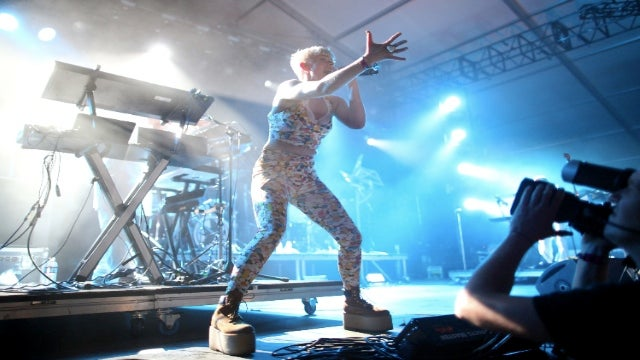 Robyn Concerts Are Even Better In Zero Gravity