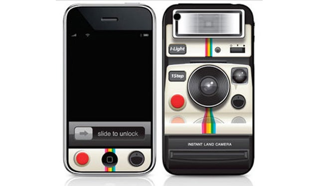iPhone 4 Polaroid Skin: Shake Your Love