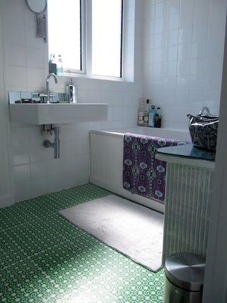 use a screenprinted pattern instead of tile or linoleum