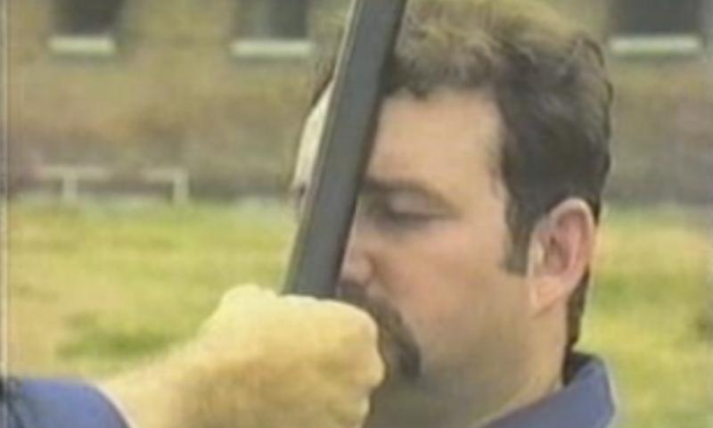 Tanuljatok közelharcot a munkásőrség homlokon botozós oktatófilmjéből
