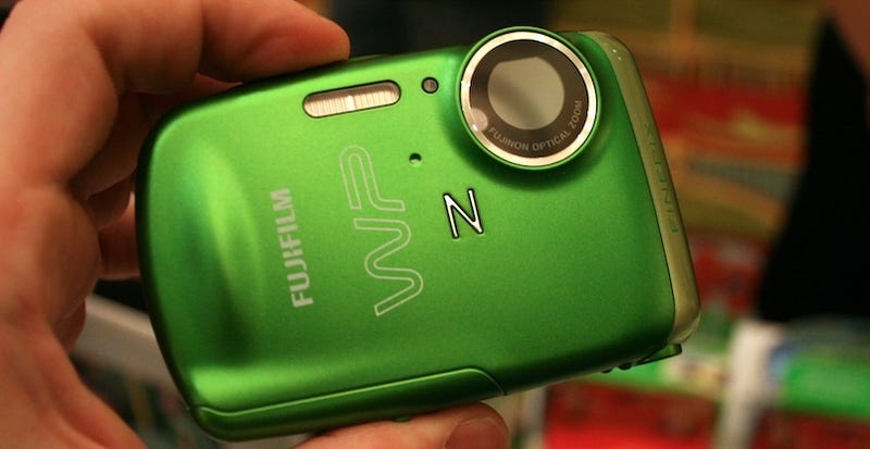 Fujifilm Z33WP Waterproof Camera Is Like a Metal Jolly Rancher That Takes Pictures