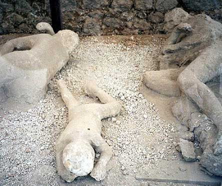 How did the victims of the Plinean Eruption of Vesuvius die?