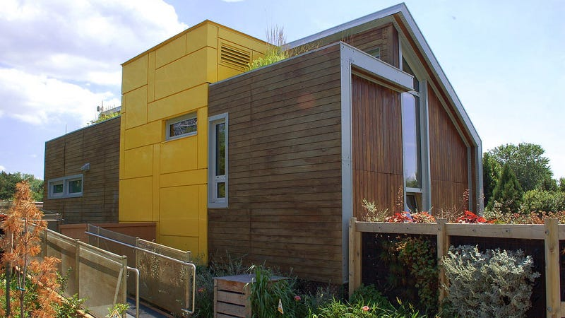 21 Amazing Off-the-Grid Houses