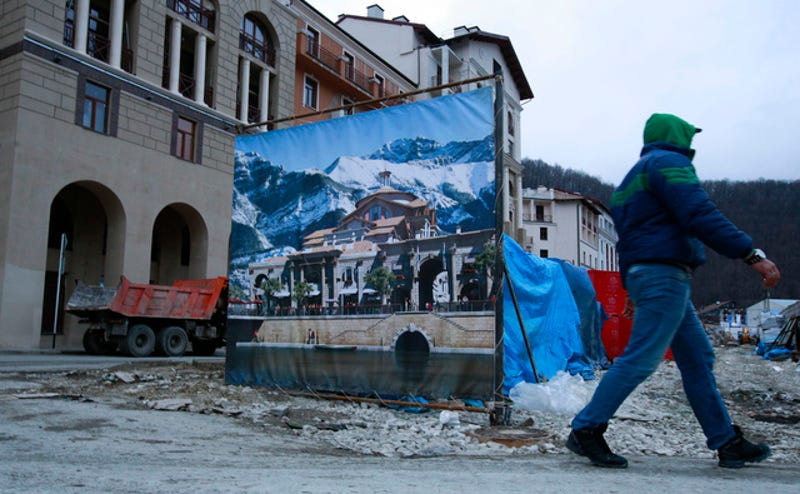 Real Sochi, Fake Viral Sochi, Streetlights Changing Cinema, And More