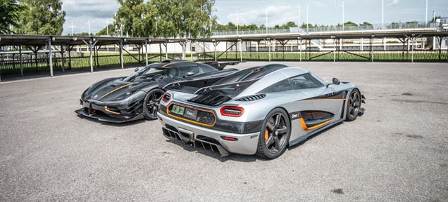 Take A Walk Around 2,720 Horsepower Of Koenigsegg One:1s