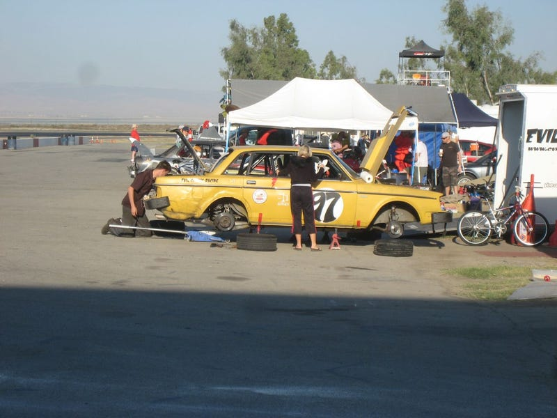 24 Hours Of LeMons Buttonwillow Histrionics Uber Gallery Part 53