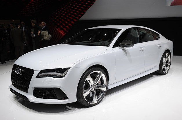 Audi's RS7 Sounds like a Lion! Hear it Roar!