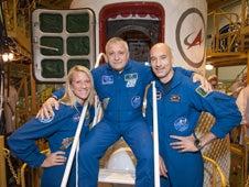 La Soyuz calienta motores para enviar a 3 astronautas al espacio