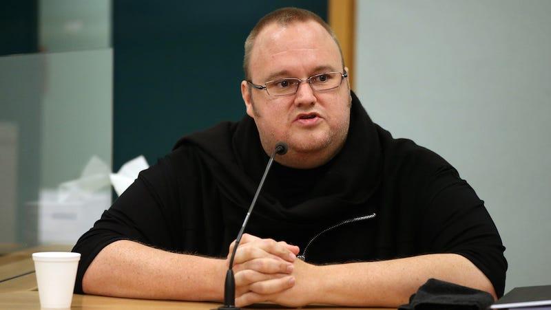 "Eccentric Hacker Millionaire Offers $5 Million to ""Whistleblowers"""