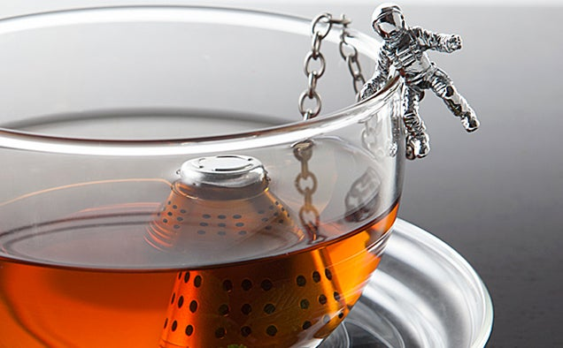 17 Apollo Missions Paved the Way For This Space Capsule Tea Infuser