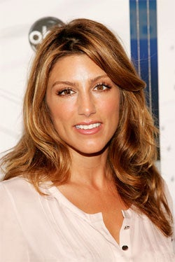 Jennifer Esposito To Play Subjugated Second-Fiddle To Val Kilmer's Hero
