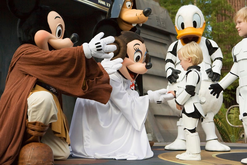 Disney Buys LucasFilm, Star Wars Episode 7 Coming In 2015