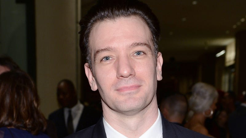 JC Chasez Enjoys Eavesdropping While Picking Out Pencils