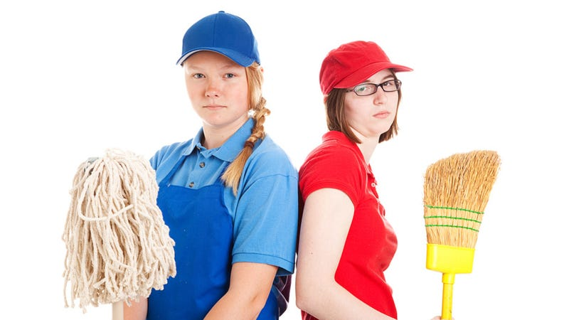 America Faces Boredom Crisis as Teens Have Trouble Finding Summer Jobs
