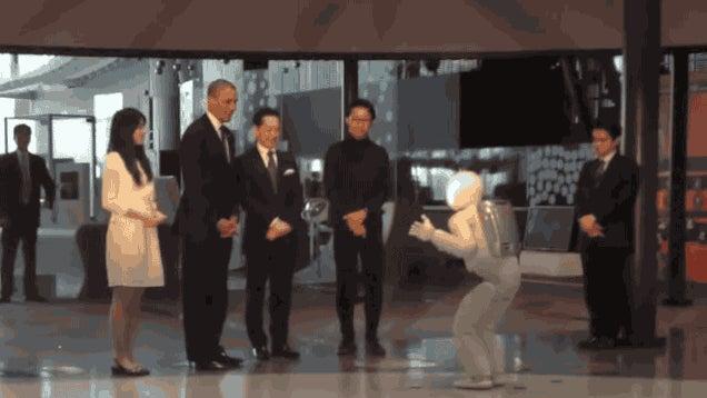 Barack Obama, Human President, Plays Robot Soccer