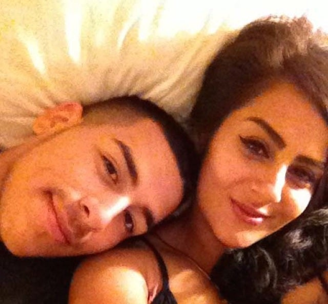 Couple Uploads Beautiful Selfie From Phone They Might Have Stolen