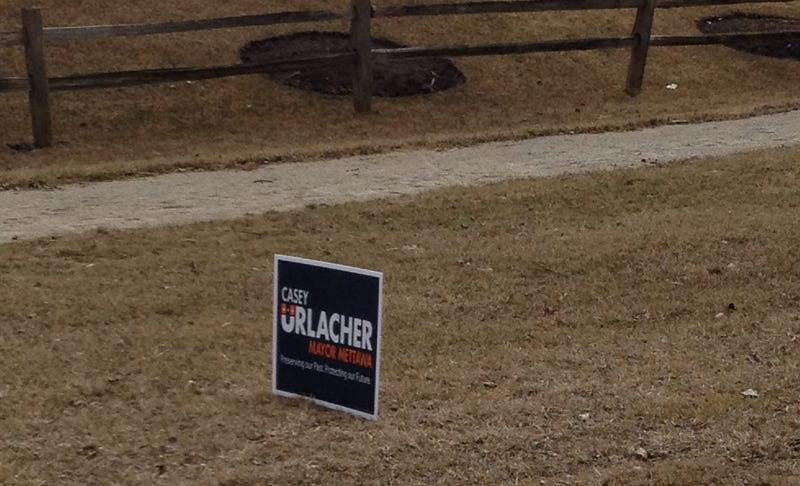 Brian Urlacher's Brother Is Running For Mayor Of A Chicago Suburb