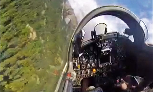This Is What It Is Like To Rocket Through Canyons In An F-5 Tiger