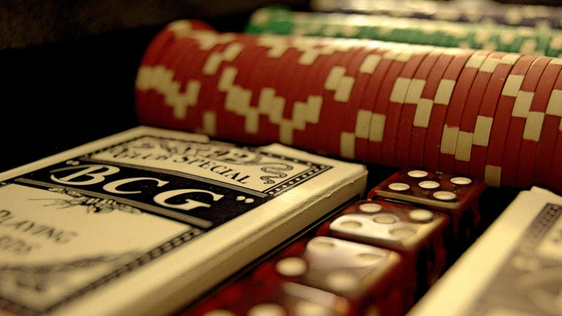 Use the Half-Bluff Technique to Bluff Better in Poker and Real Life