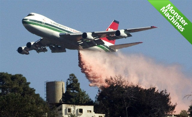 These Aerial Super Tankers Drown Forest Fires With 20,000-Gallon Waterfalls from the Sky (UPDATED)