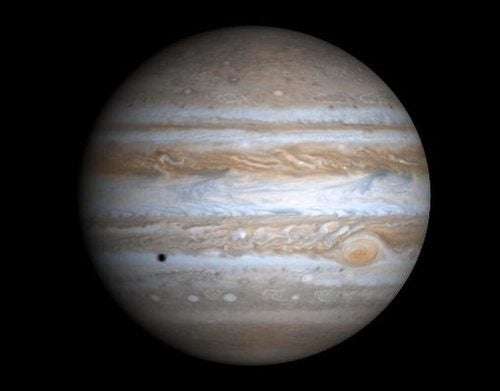"Jupiter became king of the planets by devouring a ""Super Earth"""