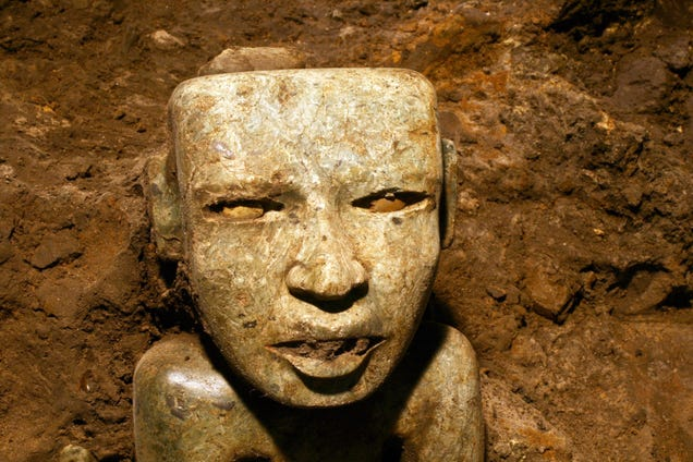 Incredible New Artifacts Found In 2,000-Year-Old Mexican Tunnel