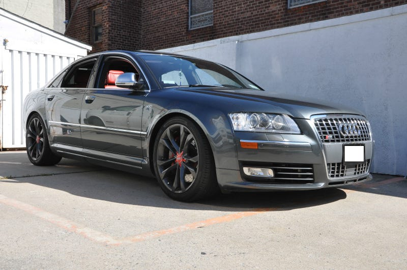 The fucking loud Audi S8 is for sale!