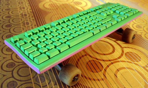 What Could Possible Go Wrong on a Skatekeyboard?