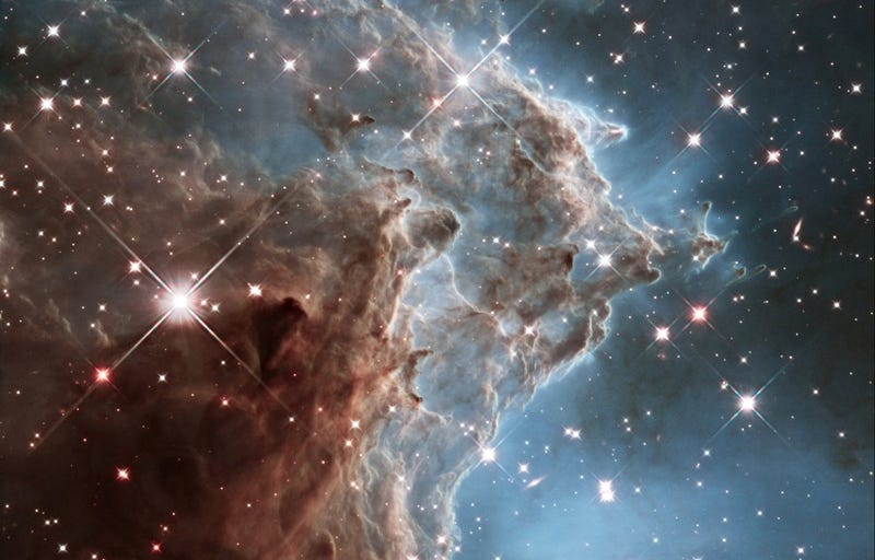 Watch a mass of stars being born, through the eyes of the Hubble!