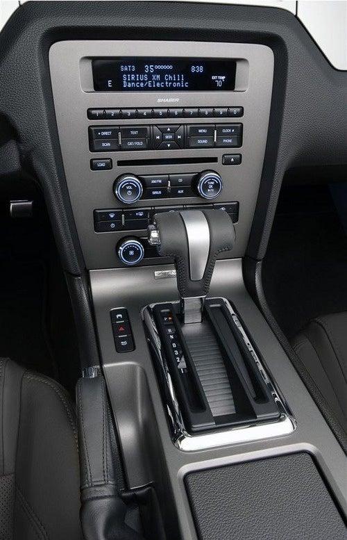 2011 Mustang GT: Press Photos