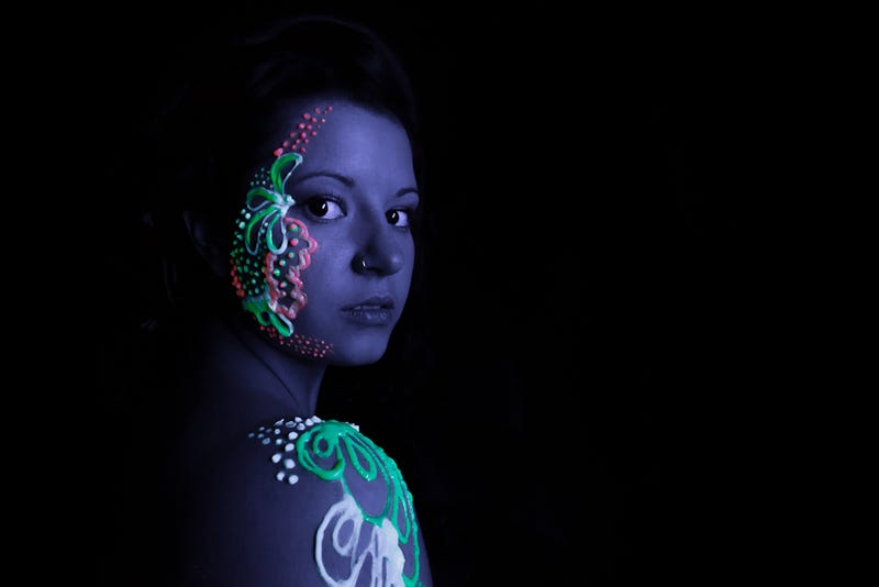 10 Psychedelic Blacklight Portraits