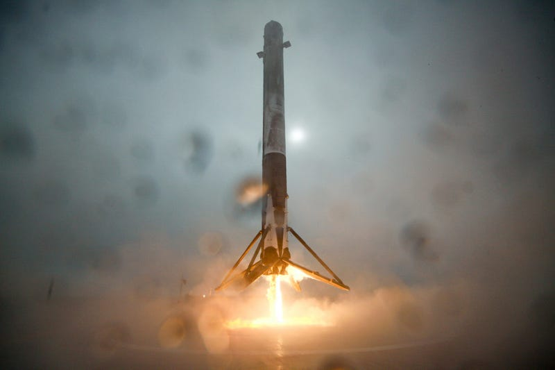 Here's the Behind-the-Scenes Story of SpaceX's Rocket Launch and Landing Attempt