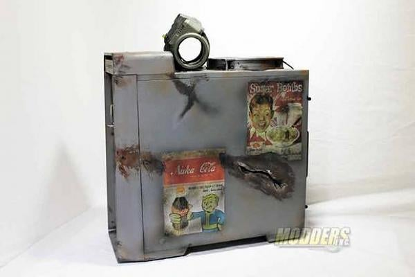 Fallout-Themed PC Case Mod