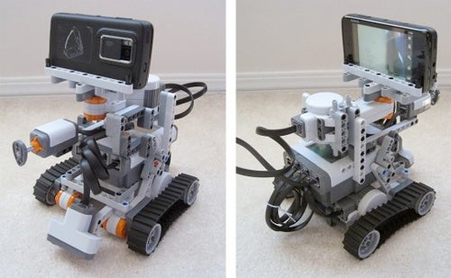 Niko The Nokia N900-Powered Lego Mindstorms Robot Receives Commands From Twitter