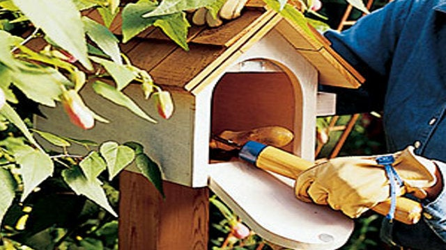 Turn a Mailbox Into an Unobtrusive Backyard Toolbox.
