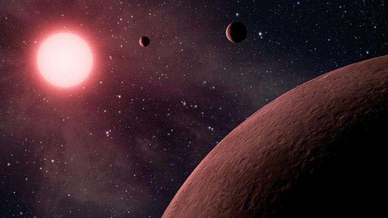 Astronomers find a freakishly compact solar system with seven planets
