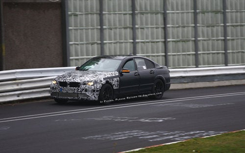 2011 BMW M5: Spy Photos