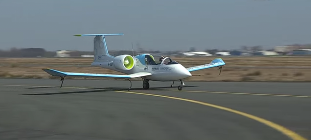 Airbus's Electric Airplane Prototype Is Eerily Silent in Flight