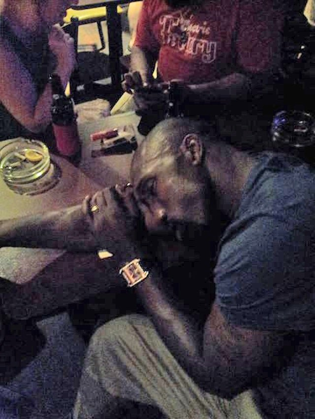This Sure Looks Like Ike Reese Passed Out At A Bar In Philly