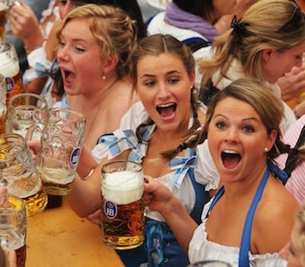 Newsflash: College Students Drink More While Studying Abroad