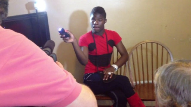 Gay Teen Who Fired Stun Gun in the Air to Scare Away Menacing Bullies Expelled from School