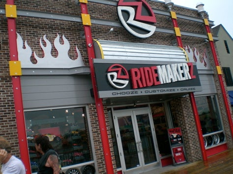 A Visit to Ridemakerz to Make Some Ridez