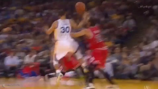 What The Hell Did Stephen Curry Just Do With This Pass?