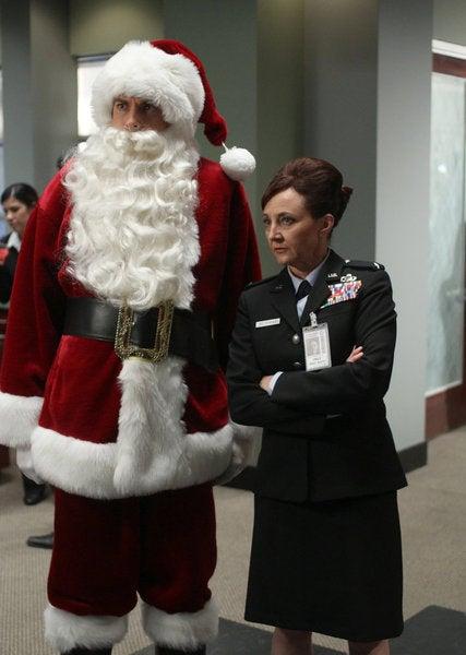 """Chuck """"Chuck vs. the Santa Suit"""" Pictures"""
