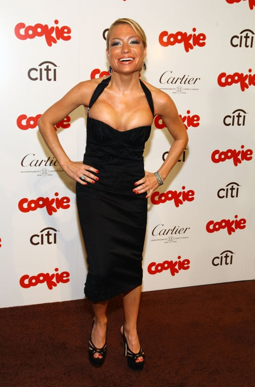Lots Of Cleavage At The Cookie Magazine Awards