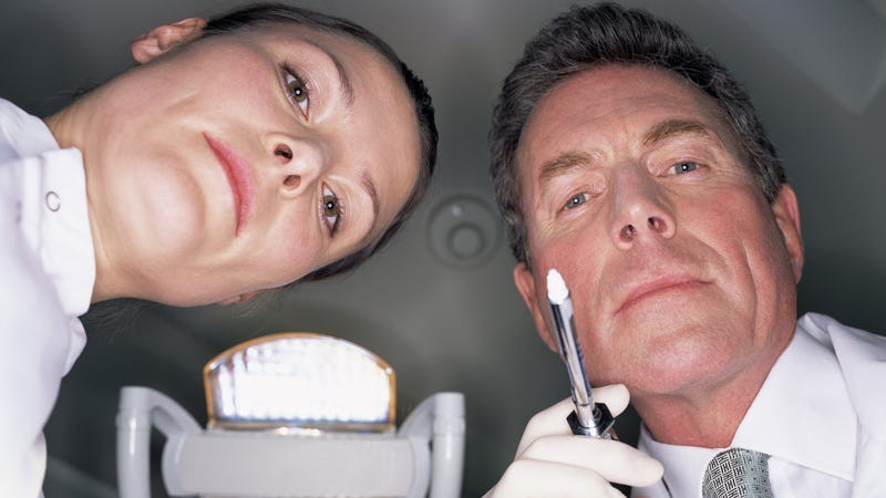 Sham Dentists Arrested for Performing Unlicensed Root Canals