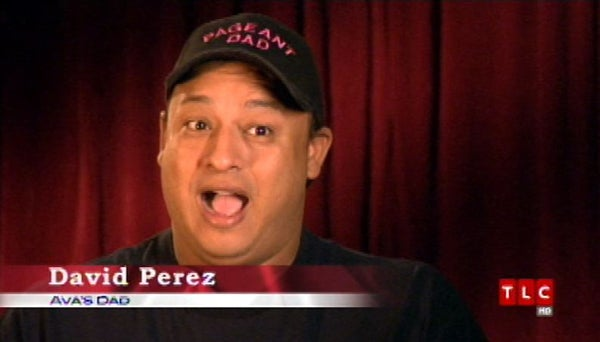 """Toddlers & Tiaras: Pageant Dads, """"Sexy"""" Babies & Creepy Judges"""
